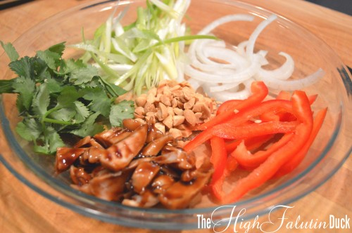 thai chicken toppings